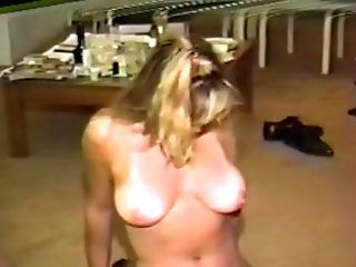 38 year old amateur milf emily marshall masturbates 6