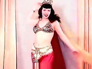 Sensitive Belly Dance Of A Hot Superstar (1950s Antique)