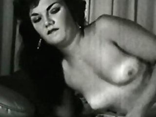 Glamour Nudes 616 50's And 60's - Scene 1
