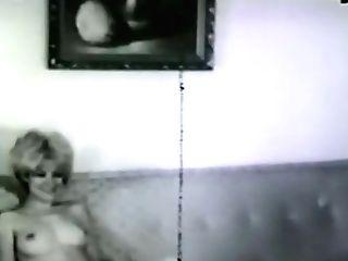Glamour Nudes 572 1960's - Scene Nine