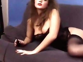 Stephanie Bews In The Studio