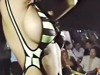 Michelle/bridget/brooke Thompson Smoking Hot 90s Bathing Suit Contest Doll Movie