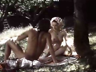 Horny Lezzie Retro Movie With Phillip Abbott And Annette Haven