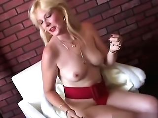 Saucy South African Old Spunker Loves To Fuck Her Humid Poon
