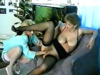 Horny Lesbo Fist-fuck