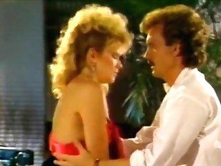 Cmnf Romantic Scene - Lucky Muncher