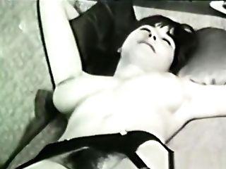 Glamour Nudes 637 1960's - Scene 1