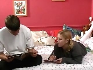 Teenage Home Vid 8 - Linda's Very First Time
