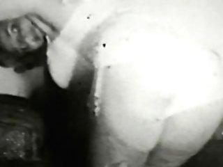 Erotic Nudes 555 40's And 50's - Scene Nine