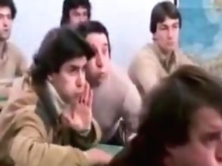 Insegnante Va In Collegio