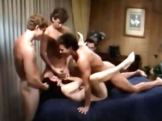 Classical Group Sex: Ona Zee