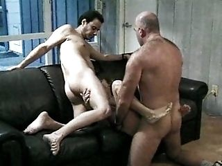 Chick fucking two dicks