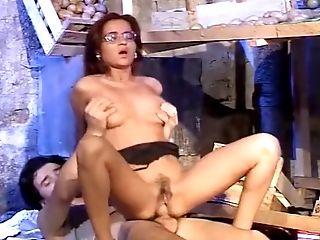 Vintage Indian Babe Having Sex