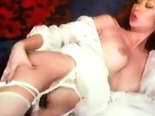 Hong Kong Ladies Onanism In Milky Undergarments