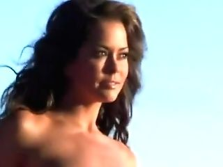 Brooke Burke Photoshoot Behind-the-scenes