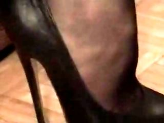 heels Tube