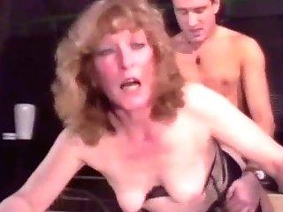 Retro Granny Buttfuck