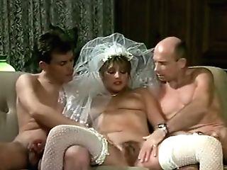 Eine Verdammt Heisse Braut Teil 1 (1989) (uschi Karnat, Clyda Rosen)