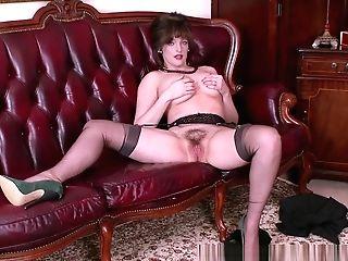 Big Natural Tits Dark Haired Masturbates In Retro Nylons Garters High High-heeled Shoes