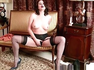 Cougar Karina Currie Strips Off Retro Undergarments And Fucktoys Coochie In Nylons High-heeled Slippers