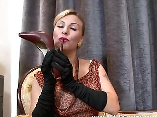 Sexy Blonde Saffy Fucks Gash With Stilettos In Antique Nylons And Underwear
