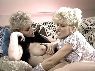 Sharon Kane & Holly Daze