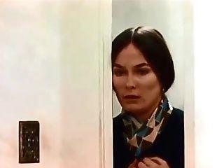 73-002 Georgina Spelvin