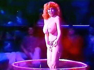 Kitty Natividad Striptease