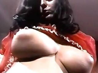 Foxy Lady - Antique Big Udders Striptease