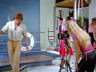 Zizis en folie 1977 restored - 1 part 3