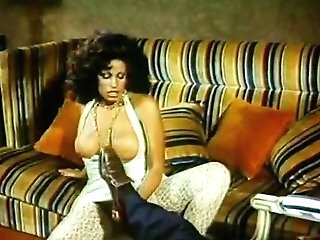 Vanessa del Rio, John Leslie in rough buttfuck fucking in classical 70s porno scene
