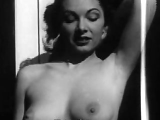 Marvelous Damsel Posing And Flashing Udders (1950s Antique)