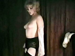 ENTIRE LOTTA SHAKIN' - antique blonde dances and strips
