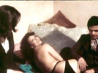 La Novizia (1975)