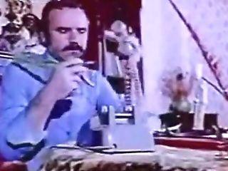 Kazim Kartal - Kadinla Yagli Sikis - Wifey Oil Grappling