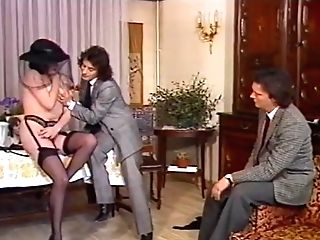 Gorgeous Mummy In Black Stockings Wants Gang-fuck Hook-up