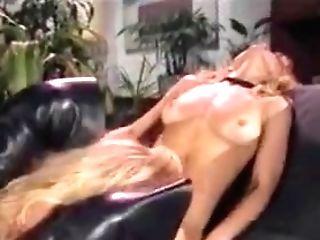 Battle Of Superstars Ginger Lynn Vs. Nina Hartley M22