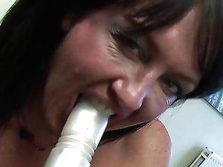 Lush Retro Dark Haired With Big Tits Loves To Fuck Shaven Vagina With Fuck Stick