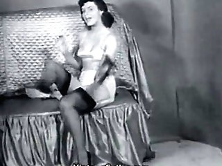 Sexy Matures Lady In Stockings Strips (1950s Antique)