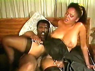 Black Chicks In Fever