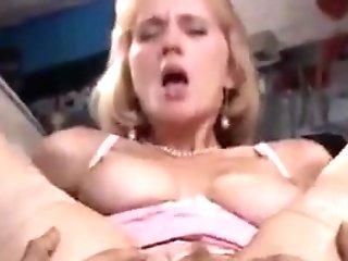 Italienischer Porno Barely Legal - Russische Uebersetzung