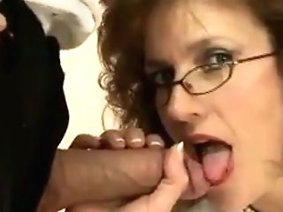 Brit Mummy Plays With A Manhood While On The Phone