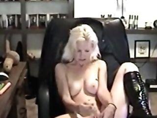 Roxy Rivers Antique Webcam