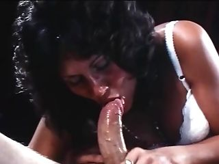 Old-school Footage Of A Gorgeous Curly Haired Honey Deep Throating A Hot Pulsating Fuckpole
