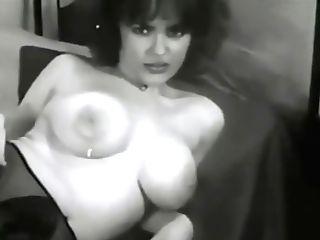 1950s Big Boobed Women